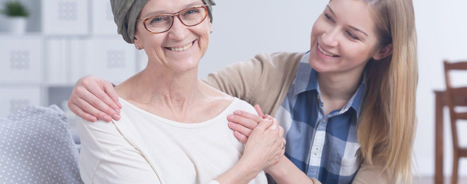 Frau leidet unter Neuropathie nach einer Chemotherapie